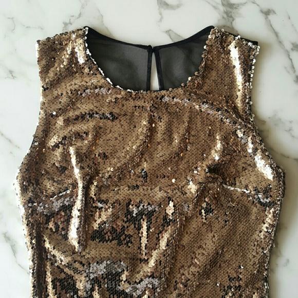 Ark & Co Dresses & Skirts - NWT! Ark & Co Gold Sequin Dress